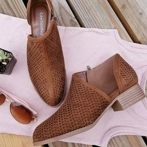 Shoes - New Cognac Side Cut Out Flats Booties Ankle Boots